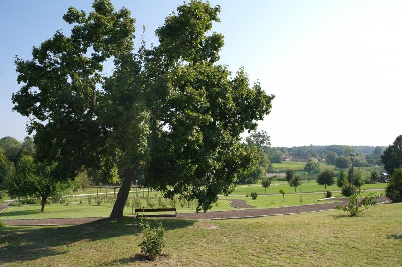 Kenyeres-kert